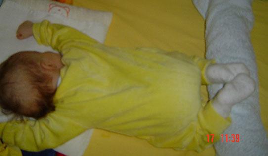 beba_spavanje